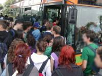 Autobus strapieni, studenti di Medicina sempre in ritardo