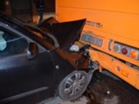 Skoda tampona autobus. 42enne in ospedale