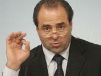 Di Pietro insiste per la rimozione di Iorio da commissario ad acta per la sanità