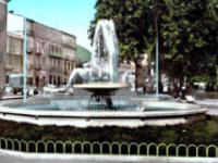 I giovani rivogliono la fontana in Piazza della Vittoria