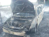 Rogo nel parcheggio della Pilkington, in fiamme 13 auto