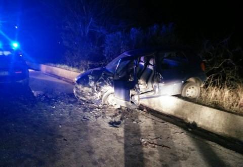 Violento frontale sulla Sp 40, feriti due coniugi di San Martino