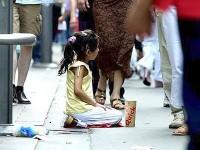 Mendicavano sfruttando due bambini, denunciata coppia di rumeni