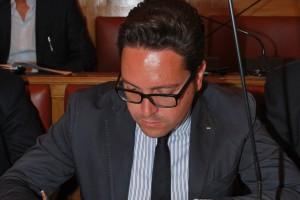 Michele Coralbo contro la giunta Battista