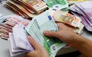 Anatocismo, banca condannata a risarcire un cliente