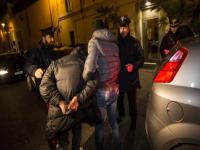 Svaligiano una villa e poi appiccano il fuoco, arrestati a Venafro cinque malviventi