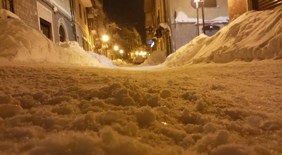 Emergenza neve, ad Agnone il comune fa la spesa a chi non può muoversi