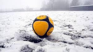 Neve e ghiaccio, calcio fermo nel fine settimana in regione