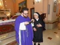 Picchiati e rapinati in casa, l'affetto di Castellone a don Michele e suor Lidia