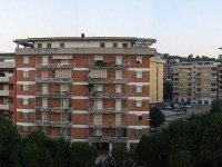 Erba alta e buche, a Isernia San Lazzaro esplode la protesta