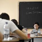Spada - LaPresse 19 06 2013 Brescia ( Italia ) Cronaca Esami di maturità 2013 La prova scritta di italiano del primo giorno nella foto : studenti durante l'esame