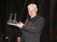 Jelsi, omaggio al violinista Massimo Coen: premiato il figlio Gabriele