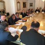 Il prefetto Guida bacchetta Kniahynicki: «Vanno usati i canali istituzionali»