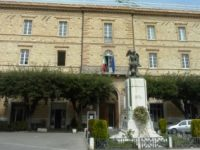 Cane trascinato e ucciso: interviene Palazzo Ducale