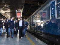 Destinazione Italia, il treno di Renzi fa tappa a Termoli