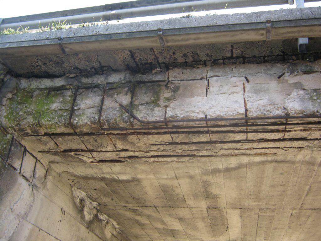 Il ponte perde pezzi rischio a bojano in localit paduli for Ponte del secondo piano