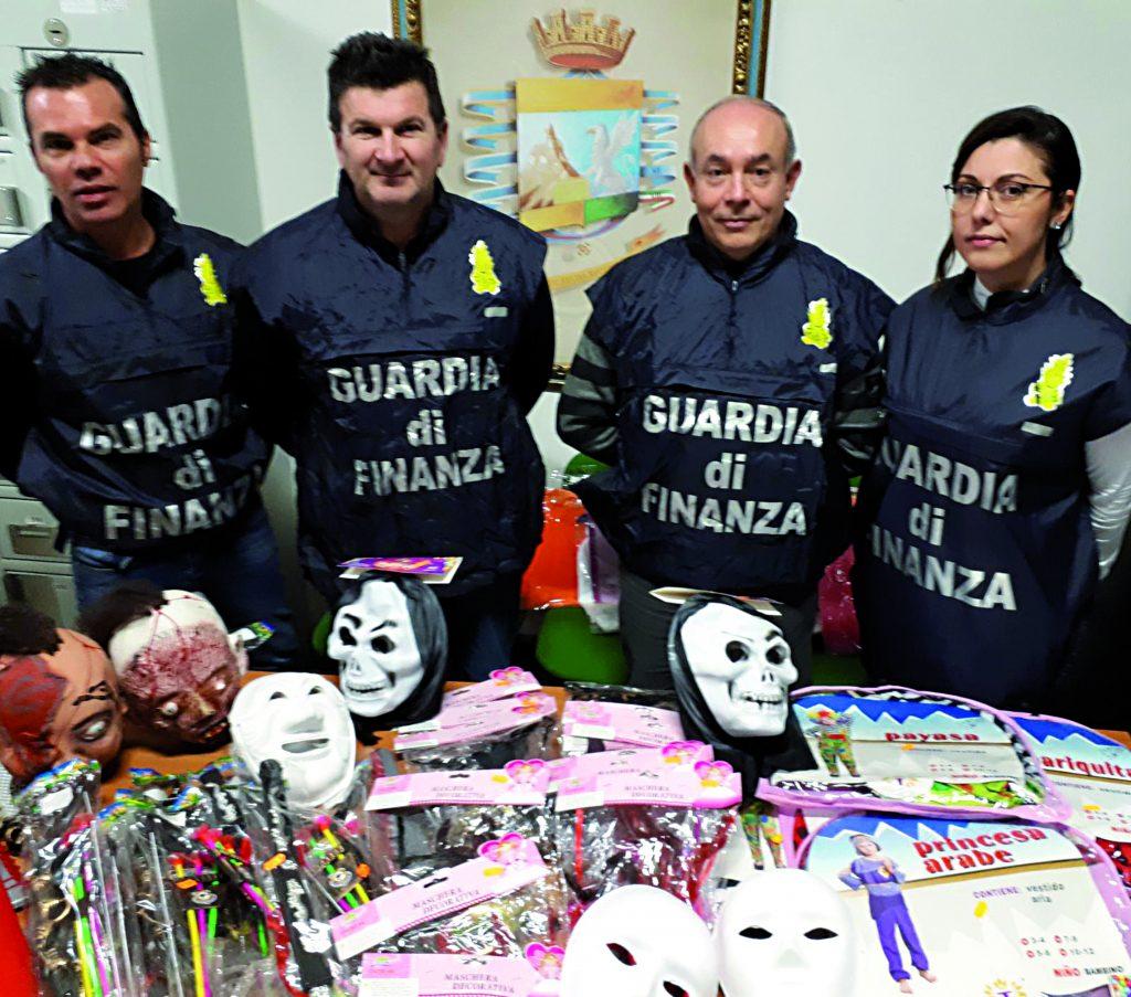 Termoli, maschere di Carnevale contraffatte: scatta il sequestro