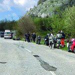 Strade in pessimo stato, l'Abruzzo le vieta alle moto