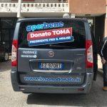 Un van, due auto e giovani ambasciatori: Toma presenta il #perbene tour
