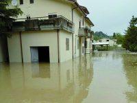 Isernia, bomba d'acqua in provincia: Carabinieri intrappolati in caserma per diverse ore
