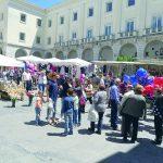 Isernia, migliaia di fedeli in festa per rendere omaggio al Santone