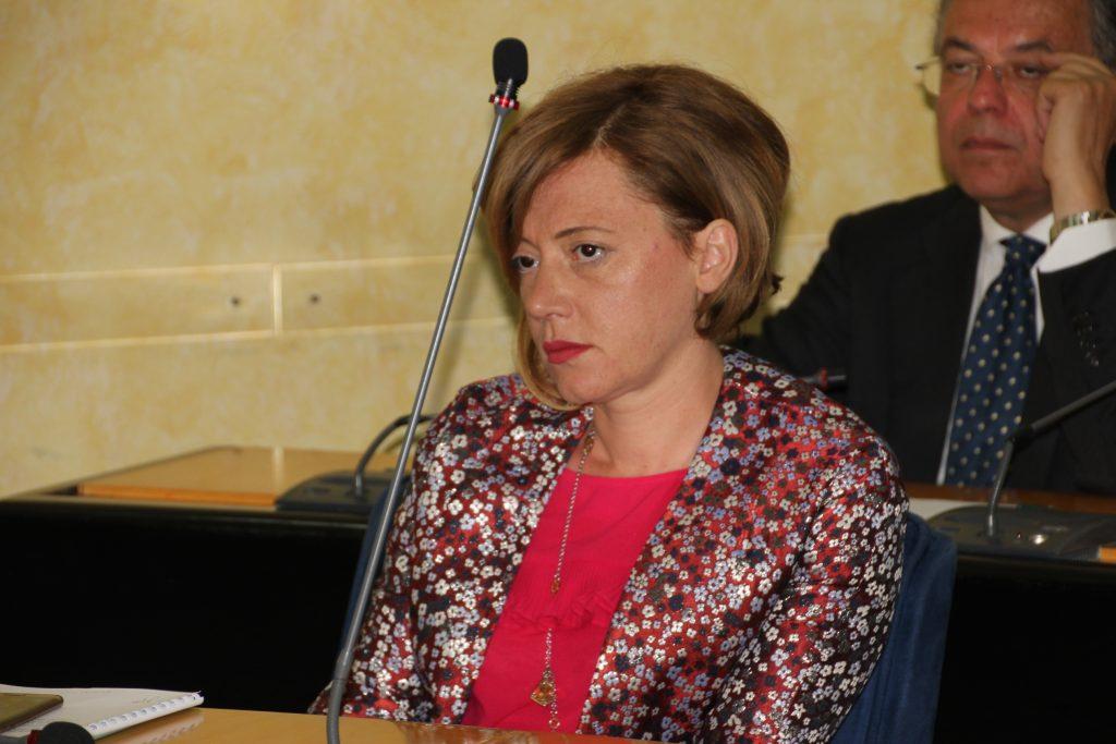Violenza sulle donne, primo ok al ddl in Commissione: il testo all'esame dell'Aula