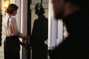 Isernia, botte e minacce ai vicini: famiglia stalker nei guai