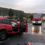 Terribile schianto sulla Trignina tra Panda, bus Atm e due tir: muore 30enne