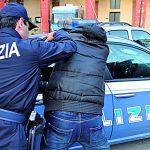 Rapina un negozio e va a comprare l'eroina: isernino arrestato