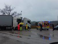 Il camionista polacco ritrovato senza vita a Termoli diventa l'emblema di un mondo assurdo