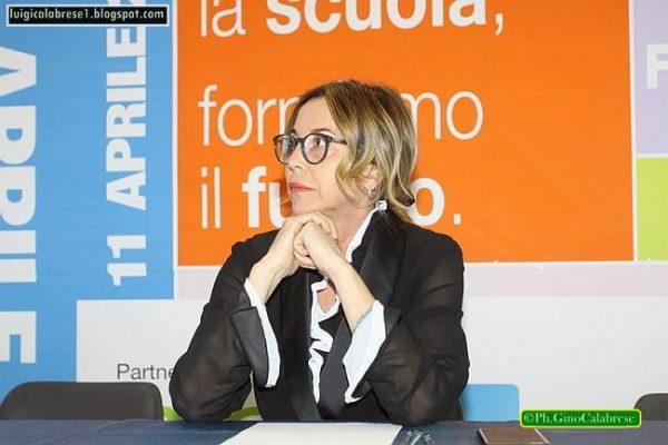 """Scuola, nominati i nuovi dirigenti Rossella Gianfagna al """"Convitto Pagano"""""""