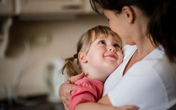 Isernia, stanziati i contributi in favore delle mamme single in difficoltà