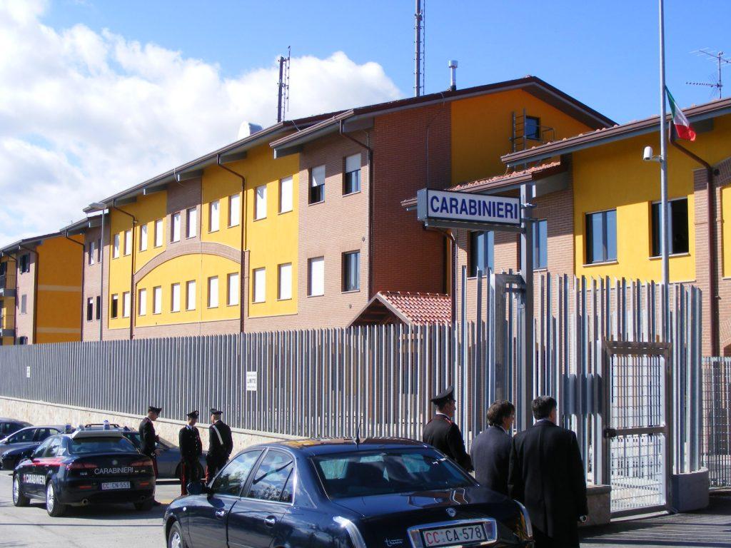 Agnone, tenta il suicidio con il gas di scarico dell'auto: 40enne salvato dai Carabinieri
