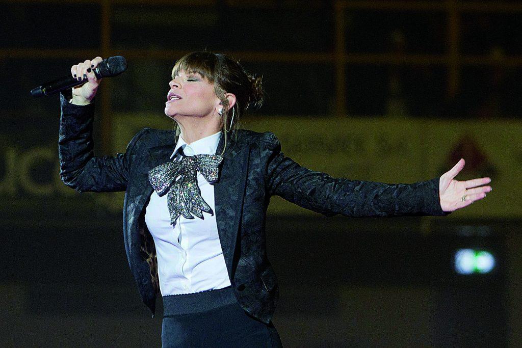 Isernia, centinaia di fan in città per l'atteso concerto di Alessandra Amoroso