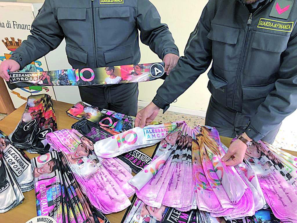 Isernia, gadget contraffatti al concerto: nei guai due giovani campani