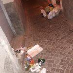 Discarica a cielo aperto nel centro storico di Campobasso, incivili ancora impuniti