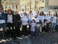 Isernia, «Senologia non si tocca»: i cittadini tornano in piazza