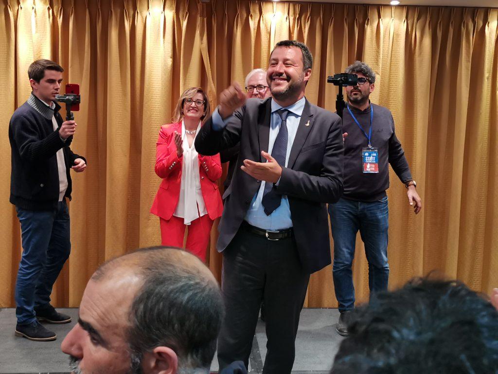 Il futuro di Salvini non è con Berlusconi: «Tradirei la promessa gli italiani»