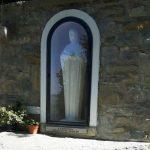 La Chiesa non gradisce, la Madonna sulla fonte Minaldo sarà rimossa