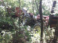 Bagnoli del Trigno, trattore si ribalta: agricoltore salta dal mezzo e si salva