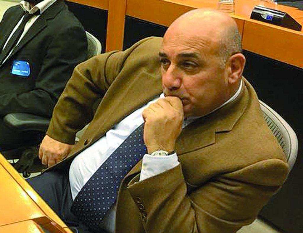 Maria Giovanna Mastrobuono prende il posto di De Matteis: Pian unico uomo di Sviluppo Italia
