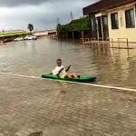 In canoa a Petacciato Marina per gli allagamenti