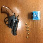 Isernia, discute con il vicino e lo minaccia di morte con una pistola