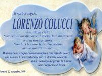 Termoli, l'ultimo grande abbraccio dei genitori al piccolo Lorenzo: «Non hai baciato le nostre labbra, ma la nostra anima»