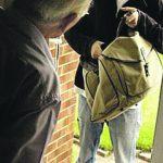 «Dobbiamo sostituire il pacemaker», finte dipendenti comunali truffano un anziano a Campodipietra