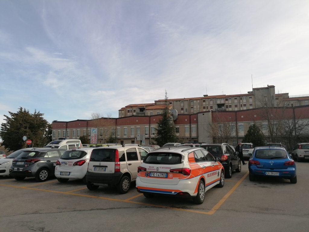 Febbre e tosse, 27enne termolese in isolamento all'ospedale Cardarelli