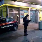 Rapina al distributore di Pettoranello, 24enne incastrato grazie ai filmati delle telecamere