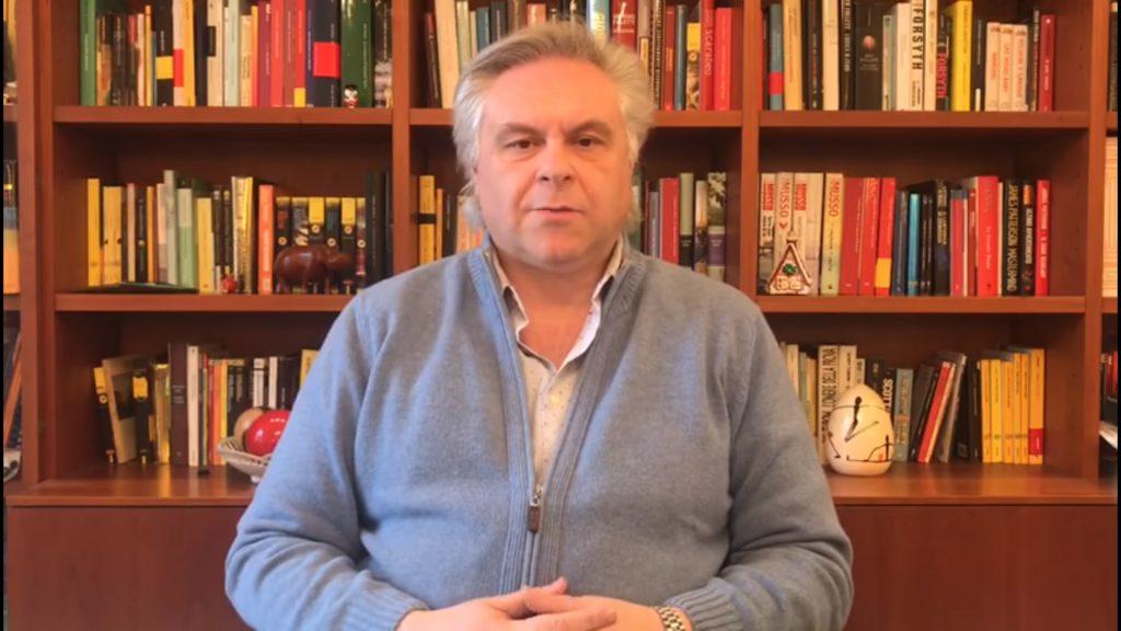 Unimol, l'abbraccio di Luca Brunese: comunità universitaria brillante