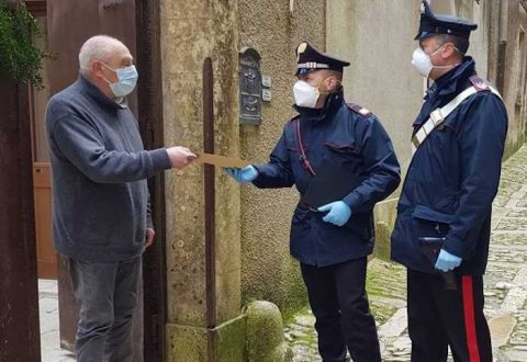 Intesa con le Poste, i Carabinieri portano la pensione a casa degli over 75