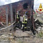 Termoli, casolare va in fumo: Vigili del fuoco salvano un 84enne